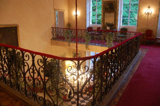 Château de Divonne : Top of lobby