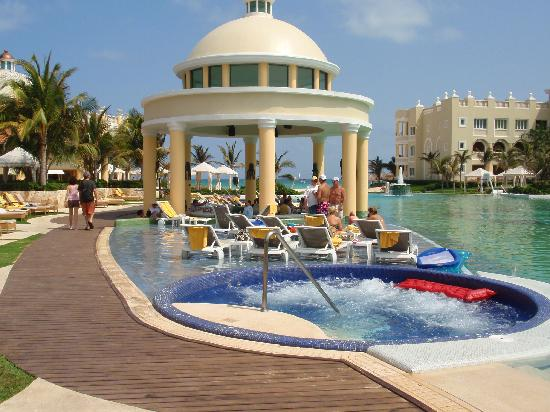 Swim Up Bar In The Main Pool Picture Of Iberostar Grand