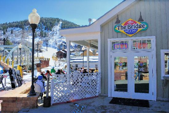 The Bridge Cafe and Grill: The Bridge on a sunny day
