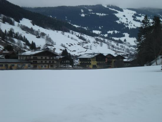Photo of Hotel Austria Saalbach
