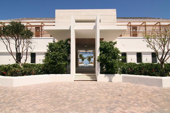Gansevoort Turks + Caicos: front entrance