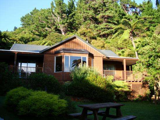 Mahana Lodge