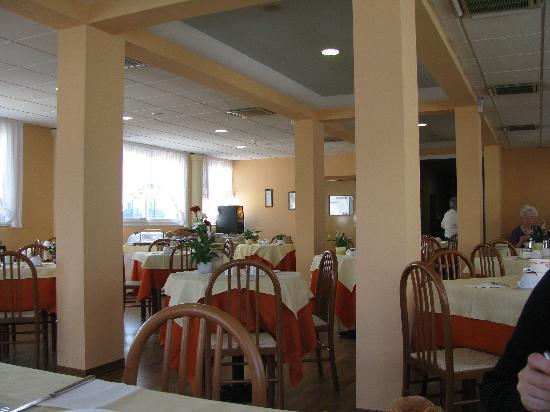 Hotel Terme Villa Pace : sala colazione