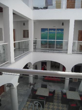 Hotel Palacio Blanco: atrium