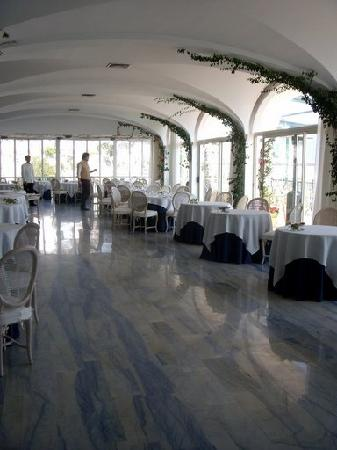 Santa Caterina Hotel: dining room