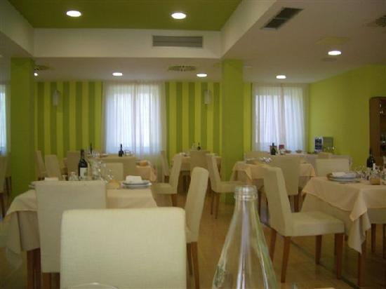 Termal Resort Salugral: Comedor