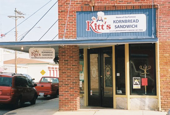 ‪Kitt's Kornbread Sandwich & Pie Bar‬