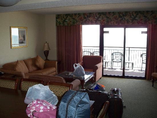 Island Vista: Living room