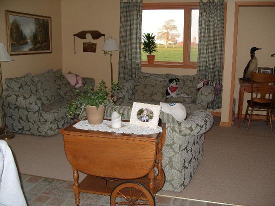 Edencrest Farm B&B : living room