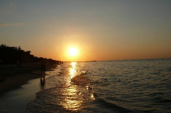 Palma Real Beach Resort & Villas: Sunset