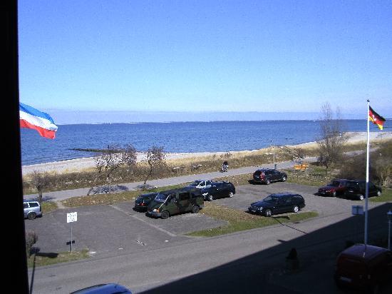 Heiligenhafen, Germany: Blick auf die Ostsee zur FehnmarnBrücke