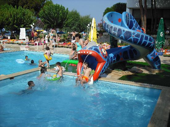 Grand Efe Hotel: childrens pool