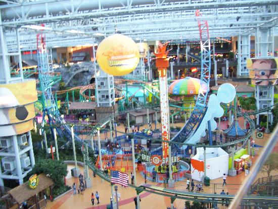 Nickelodeon Universe: great views from the ferris wheel