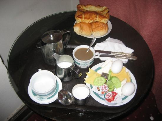 Cosmopolitan Hotel: petit-dejeuner servi dans la chambre