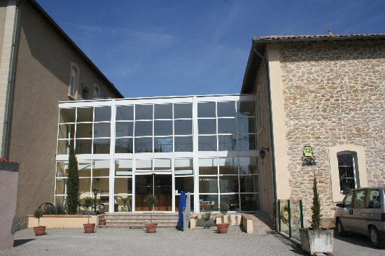 Hotel Restaurant Les Minotiers: entrada al hotel
