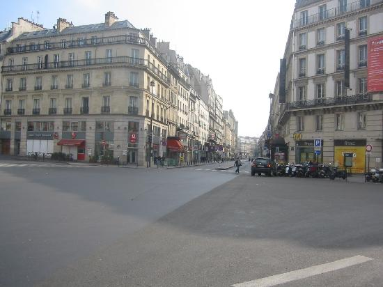 Blick vom Hoteleingang zum Place du Havre - Photo de Timhotel Opera ...