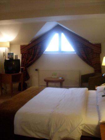 Crowne Plaza Solihull: room 117 spacious room