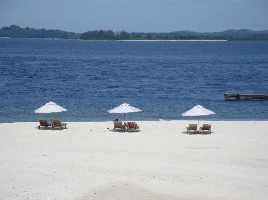 Nikoi Island: view from the villa