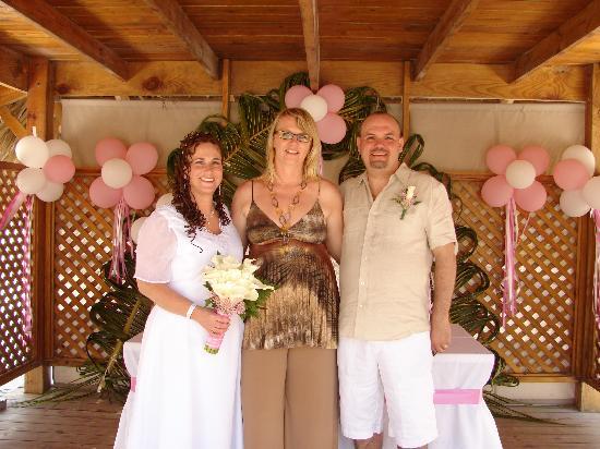 IFA Villas Bavaro Resort & Spa: Us with Petra the Wedding Coordinator