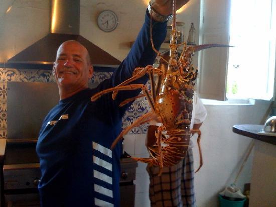 Posada La Cigala: Enrique with our fresh lobster