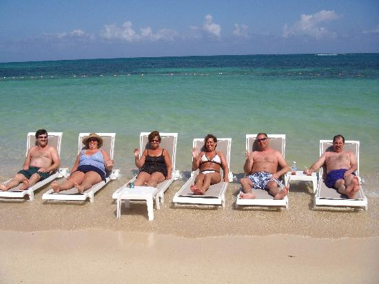 Iberostar Grand Hotel Rose Hall: Our gang relaxing at the shore