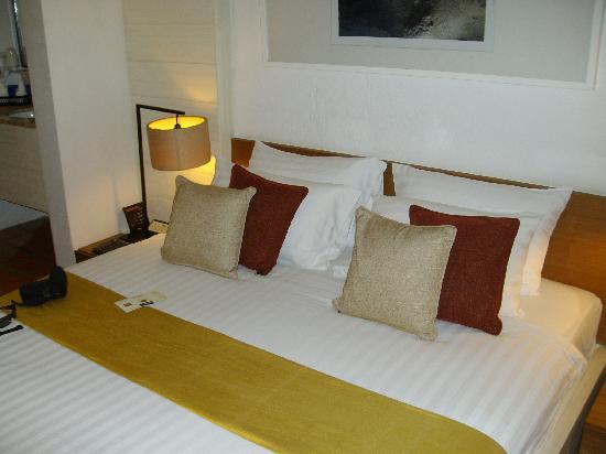 Banthai Beach Resort & Spa : banthai bed