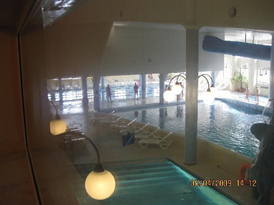 Golebiewski Hotel: Sports pool in background and leisure pool