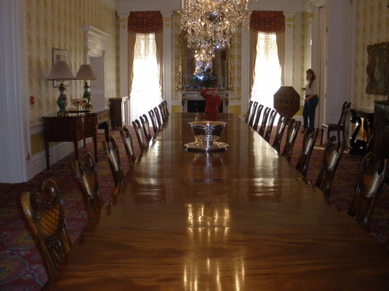 Executive Mansion : upstair dinig table