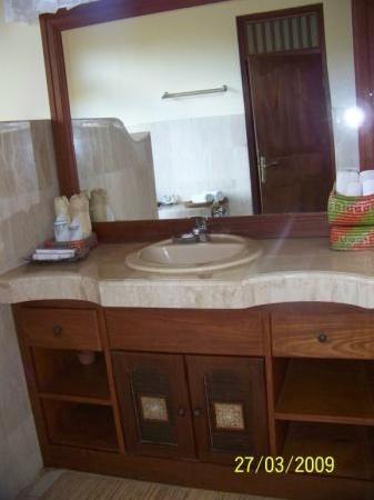 Alam Shanti: baño
