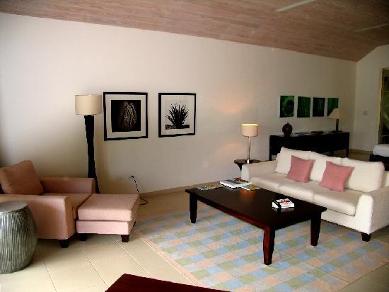 Carlisle Bay Antigua: Ocean Suite: Living Area