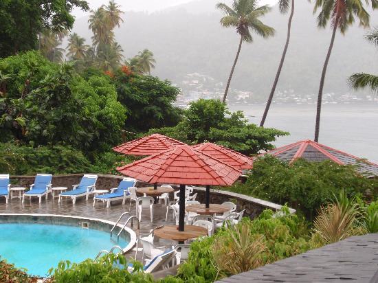 Hummingbird Beach Resort: view from the Room