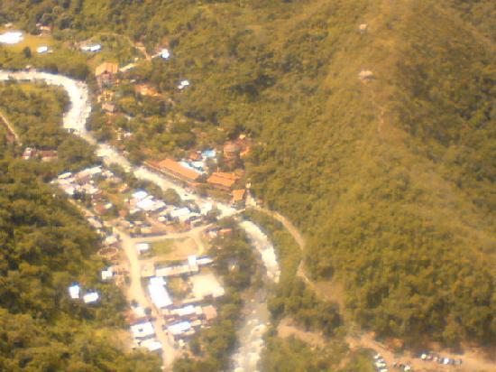 Rio Selva Resort - Yungas: la vista desde el tunel