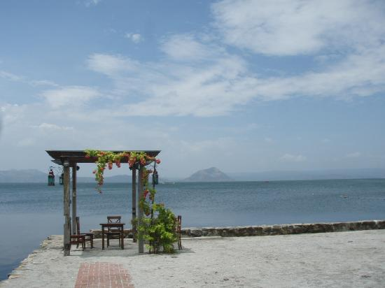 Talisay, Filippinerna: by the lake...
