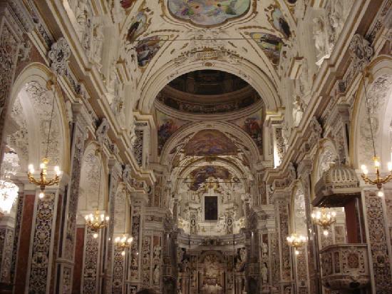 Chiesa del Gesu: Casa Professa - La navata centrale
