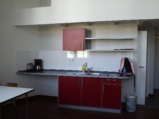 Hotel Die Schule: Cocina habitacion 22