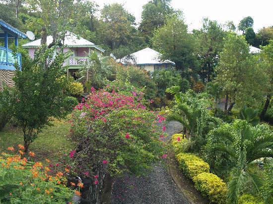 Bel Air Plantation Resort: Gardens