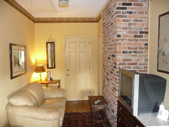 Homerville, GA: sitting room beside our room