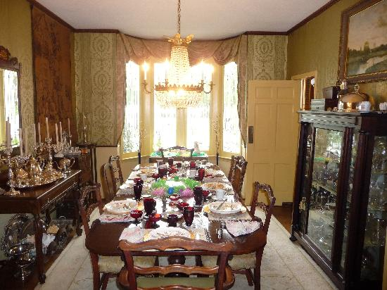 Homerville, GA: dining room