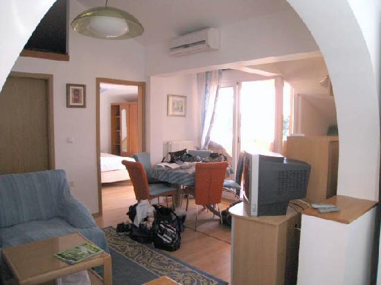 Apartments Markov: Liljiana main room