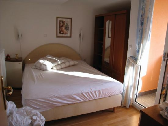 Apartments Markov: Liljiana Bedroom 1 with door to balcony.