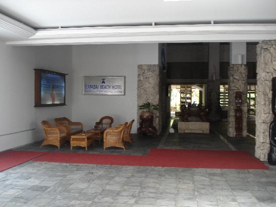 Grandvrio Resort Saipan: One of sitting areas in entrance area