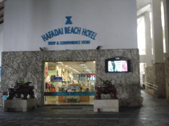 Grandvrio Resort Saipan: Convenience Store Inside Hotel