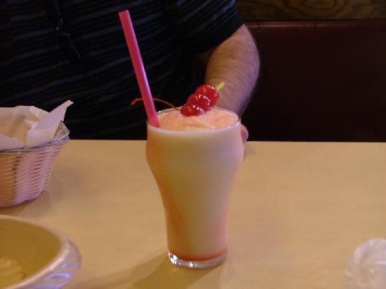 Redamak's Tavern: hurricane!