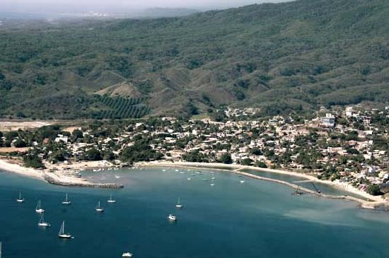 ‪‪La Cruz de Huanacaxtle‬, المكسيك: La Cruz before the marina filled in the bay‬