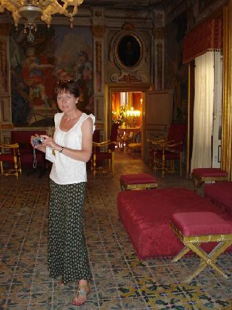 Villa Niscemi - la sala rossa
