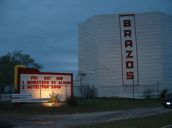 Drive In Movie Theater Review Of Brazos Drivein Granbury TX - Granbury car show