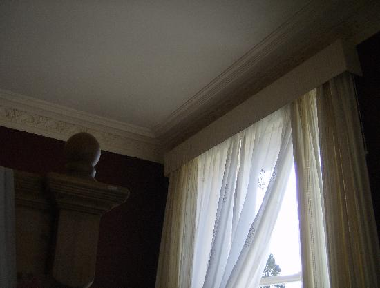 The Learney Arms Hotel: Beautiful Victorian cornice on all the ceilings