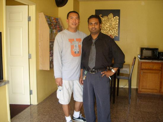 Vine Inn & Suites: Mr. Sanjay & me
