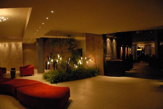 Tribe Hotel: Lobby