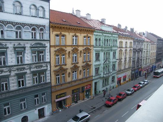 Hotel Ehrlich: View from room to street